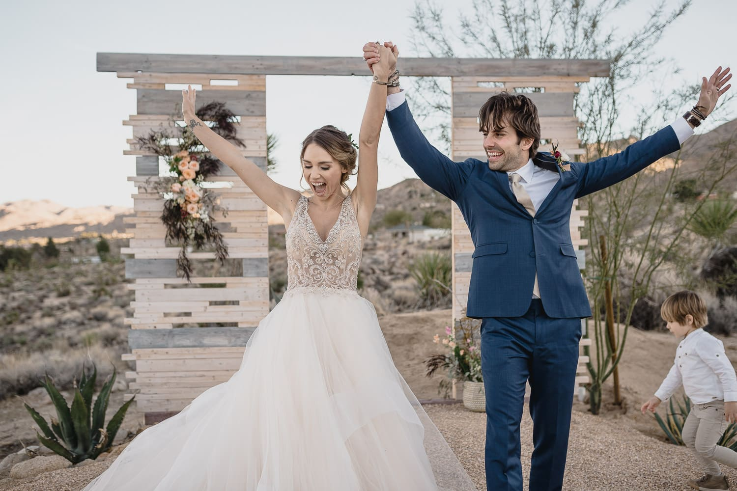 Melanie + Anthony Joshua Tree Intimate Elopement 19