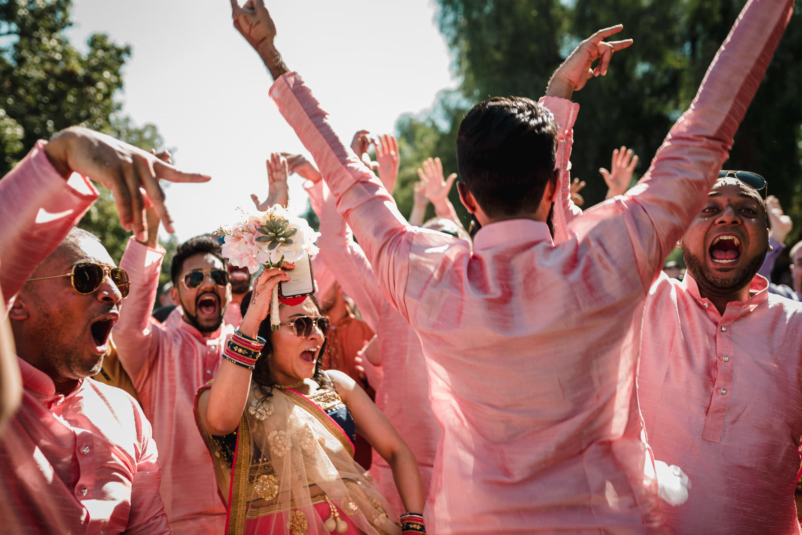 party and keep calm during your wedding day